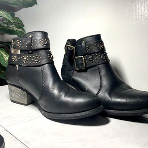 Betsy Johnson Ankle Cowgirl Boots